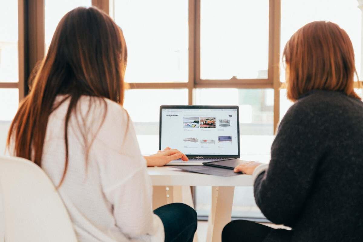 prezentační nebo obsahový web
